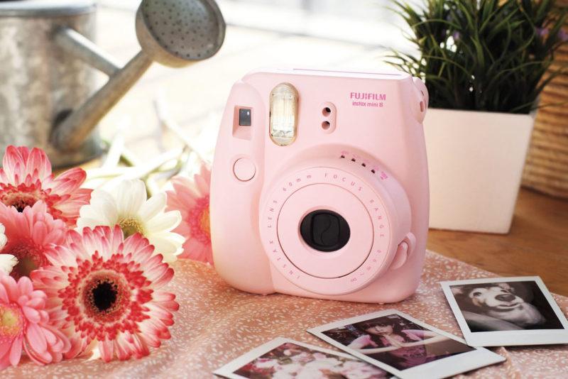 Fujifilm Instax Mini 8 Pink Feature